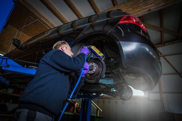KFZ Werkstatt für alle Marken, originale Ersatzteile bei HW Carsolution