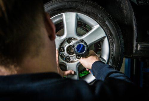 Reifenwechseln, Reifenservice für alle Marken
